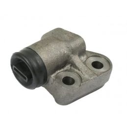 Front Right Wheel Cylinder...